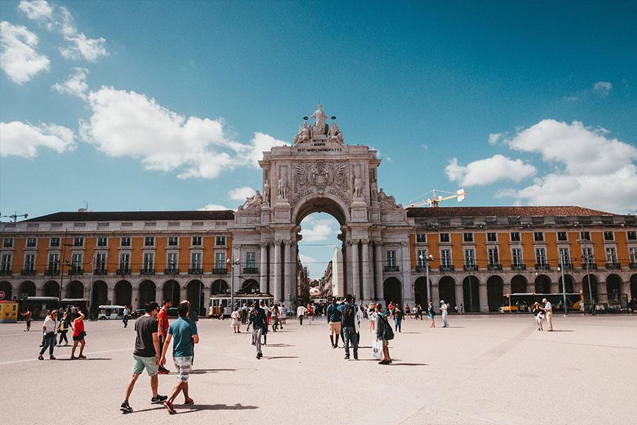 SEF ghi nhận kỷ lục về số lượng người nước ngoài định cư Bồ Đào Nha - Định cư châu Âu Evertrust