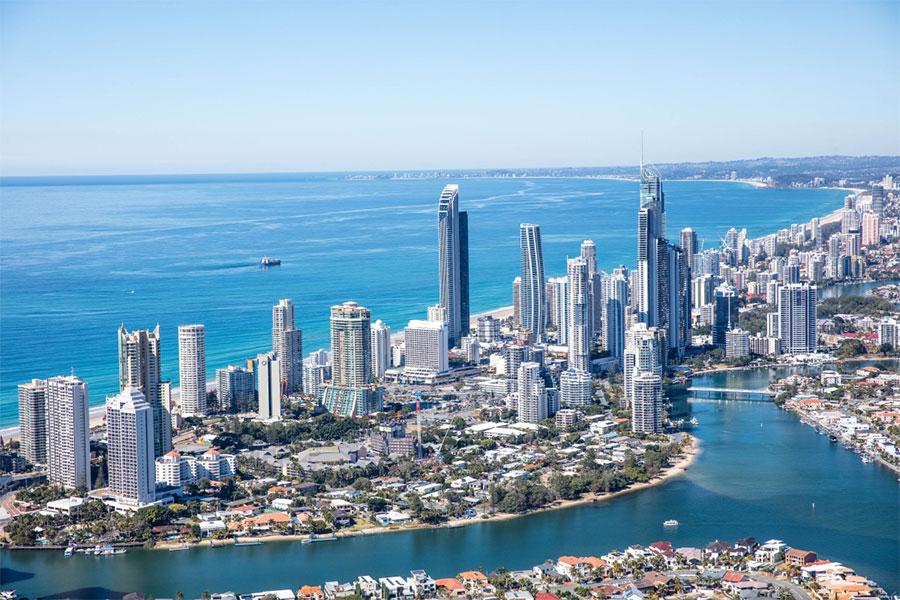 """Định cư Úc 2019 - Gold Coast muốn được phân loại """"khu vực thưa dân"""" để thu hút người nhập cư - Chuyên gia định cư Úc Evertrust"""